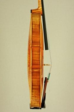 Stradivari-1714-sideview